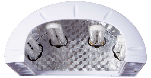 4 lampade da 9 W cad.